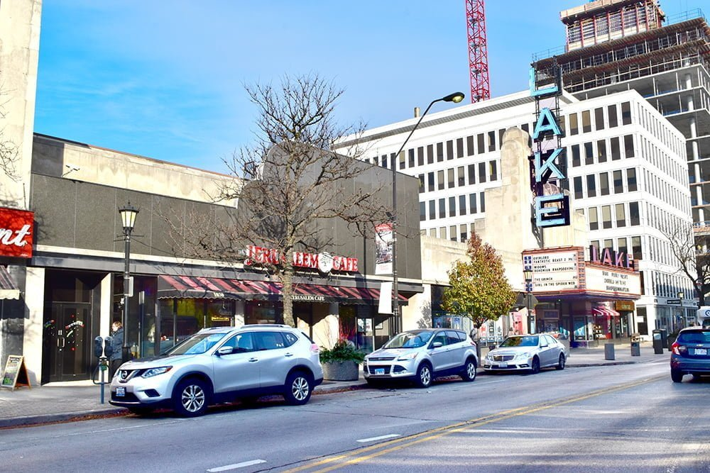 Oak Park: Why multifamily investors are active despite unknown taxes