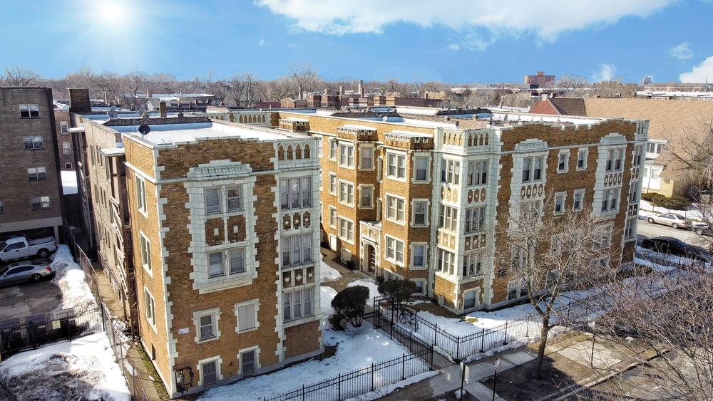 Kiser Group's Birk | Sklar Team Brings 61-Unit Lakefront Multifamily Portfolio to Market Along Chicago's Historic South Shore Drive